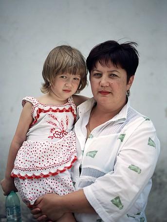Амина Дзапарова, 4 года. Залина Левина, 43 года
