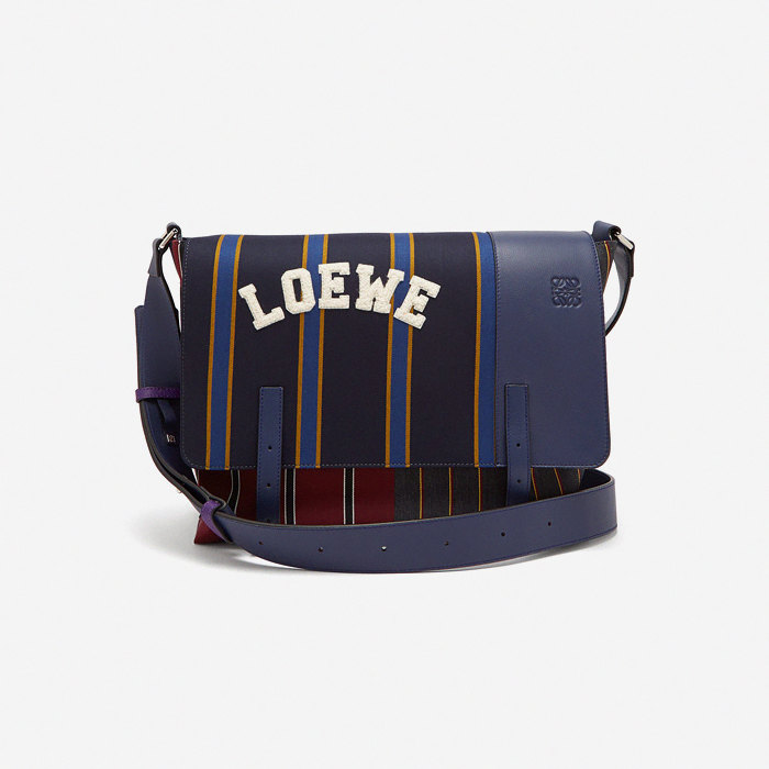 Сумка Loewe, 54 150 рублей (-50%)