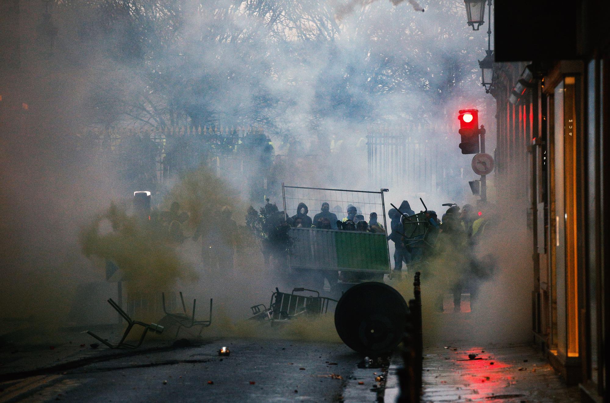 Баррикада протестующих