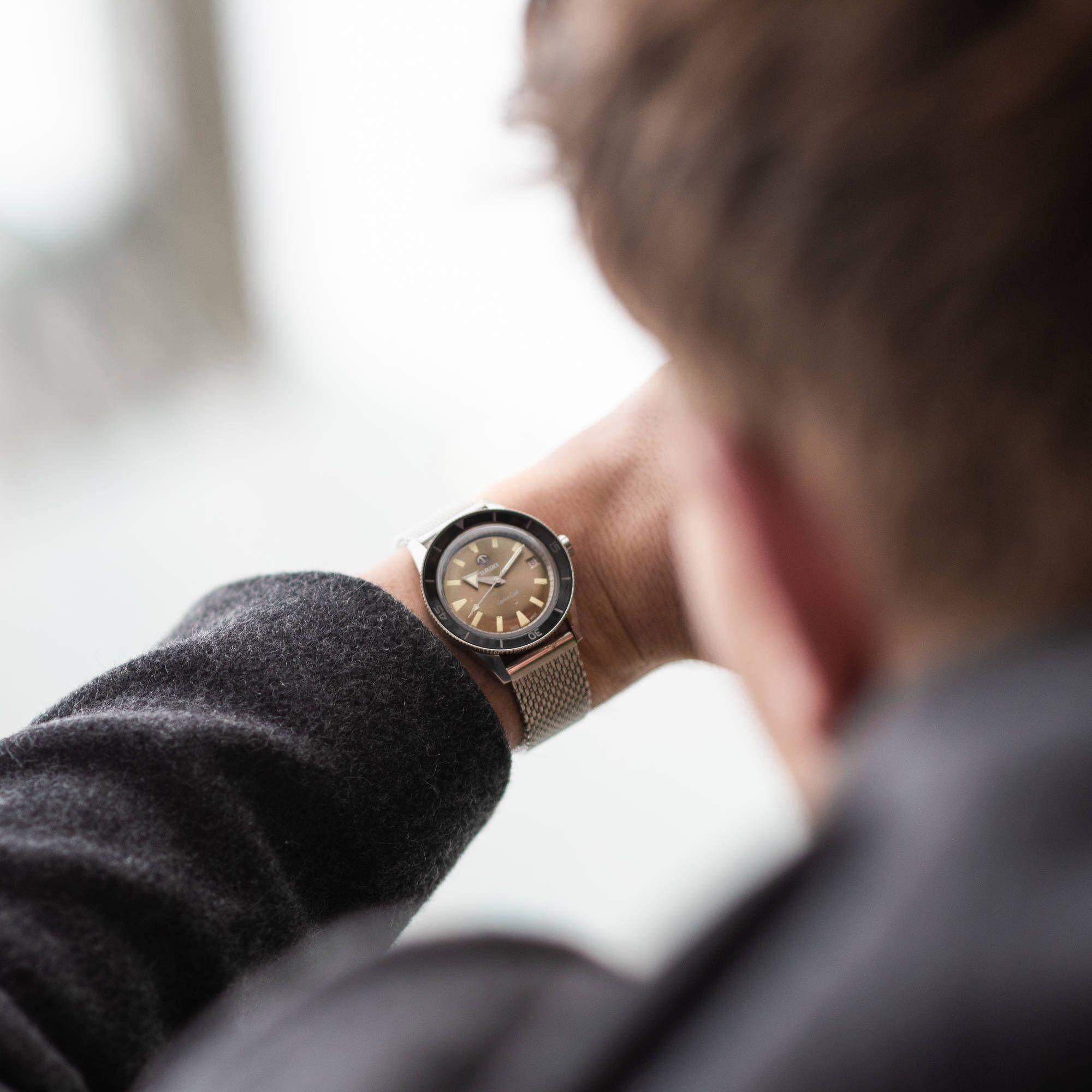 Rado выпустили новую модель часов Captain Cook | Журнал Esquire.ru
