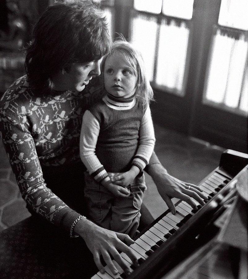 Пол иСтелла Маккартни, 1975