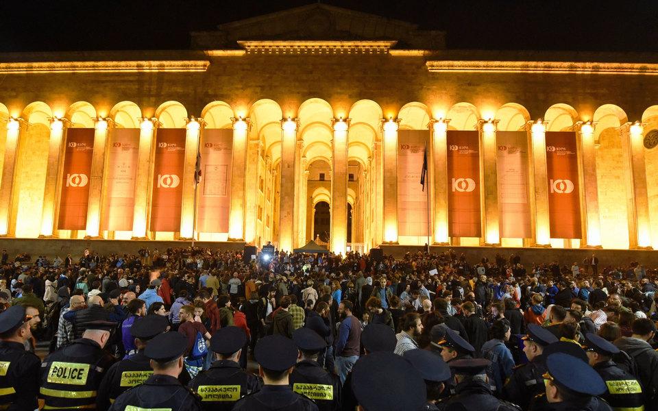 Together we dance, together we stand. Диджеи со всего мира записали видео вподдержку Тбилиси