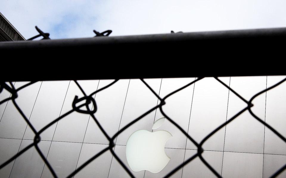 Прокуратура Парижа завела дело против Apple. Компанию обвиняют вмошенничестве