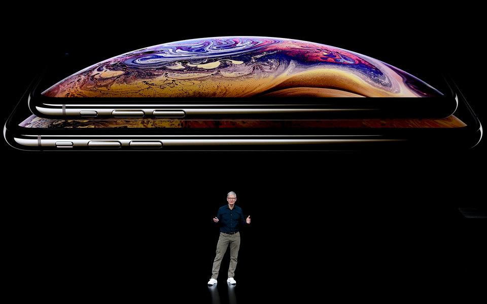 «В чем разница между iPhone XS иiPhone XS Max?»: Реакция соцсетей нановые iPhone иApple Watch