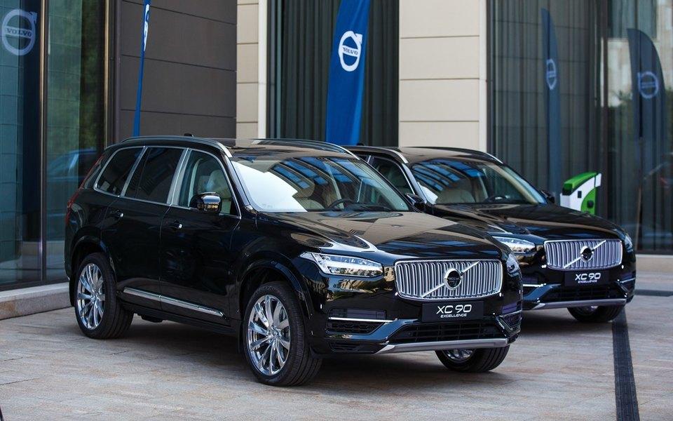 Volvo Car Russia представила подзаряжаемый отэлектросети гибридный внедорожник XC90 T8 Twin Engine