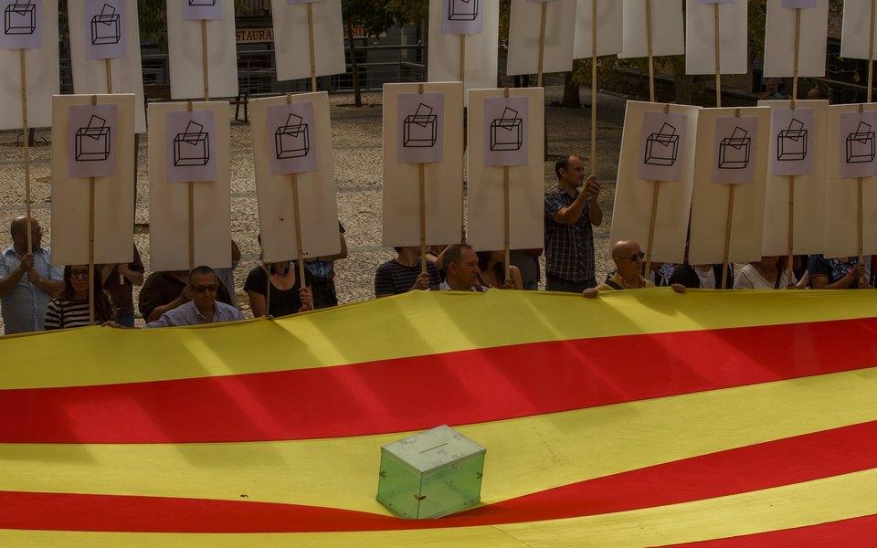 Каталония готовится креферендуму оботделении отИспании: что нужно обэтом знать
