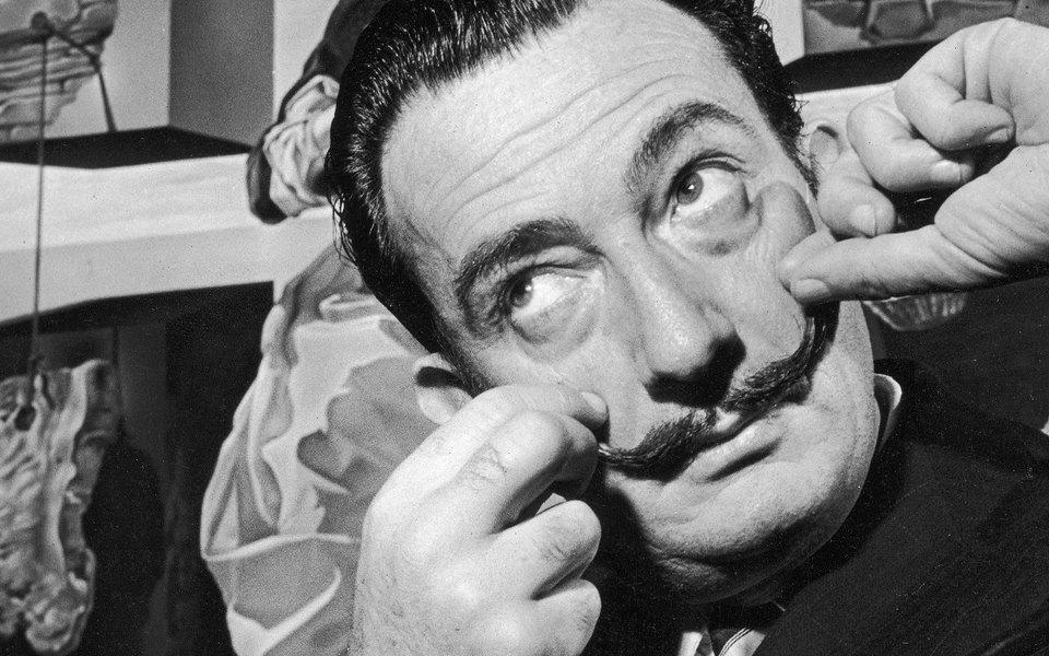 Усы Дали сохранили форму спустя 28 лет после смерти художника