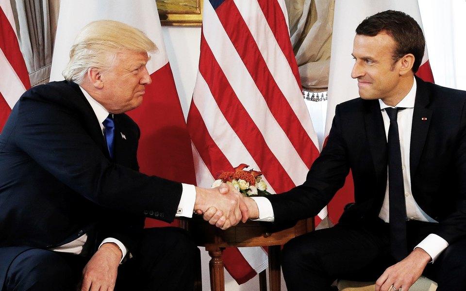 С рукопожатием Трампа что-то нетак