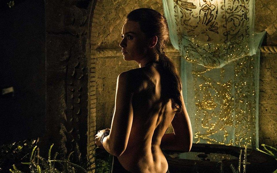 Премьера Esquire: трейлер «Лоро» — нового фильма Паоло Соррентино оБерлускони иего женщинах