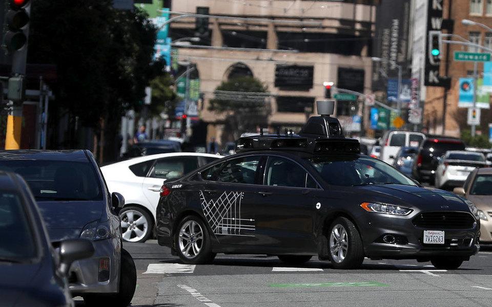 В США беспилотный автомобиль Uber впервые насмерть сбил человека
